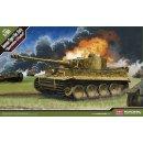 """1/35 Academy Pz.Kpfw.VI Tiger I early version..."