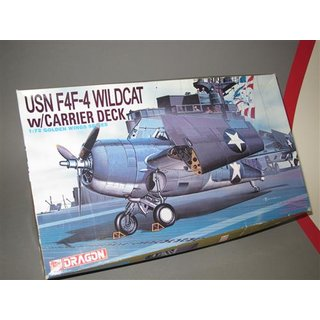 1/72 Dragon F4F-4 Wildcat with Carrier Deck and Folding Wings